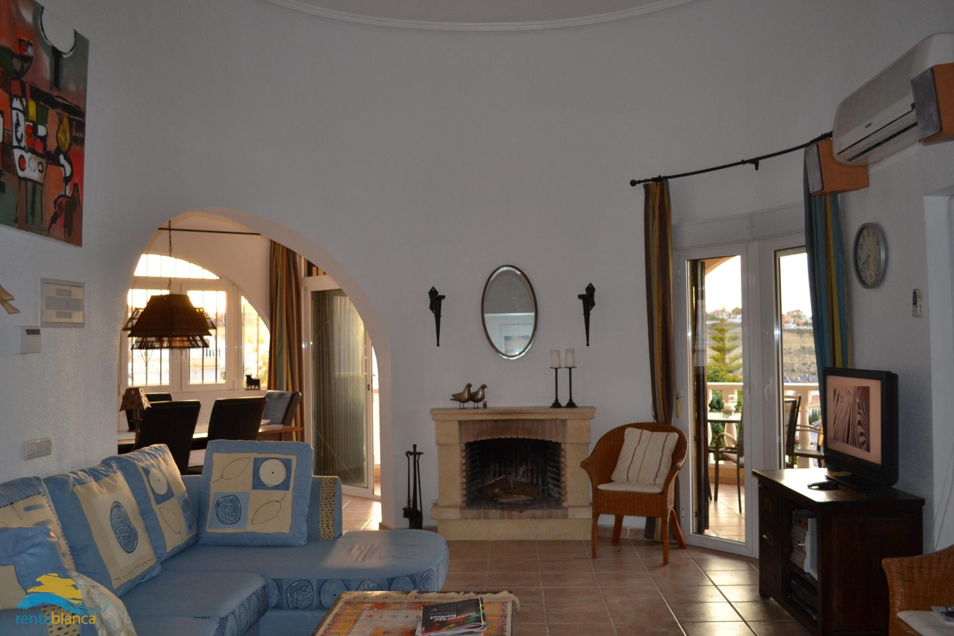 Villa with private pool and tremendous views - Rentablanca