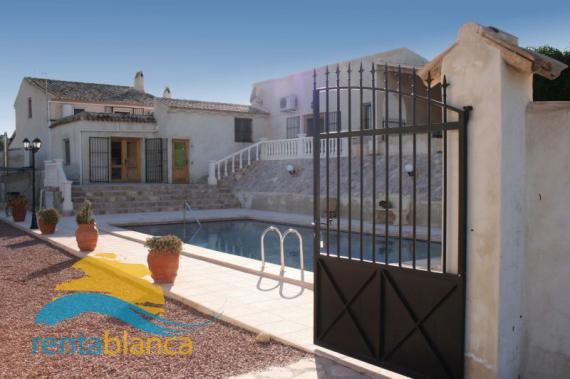 Schitterende Spaanse villa Aspe  - Rentablanca
