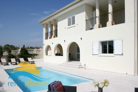 Detached villa - La Escuera - Rentablanca