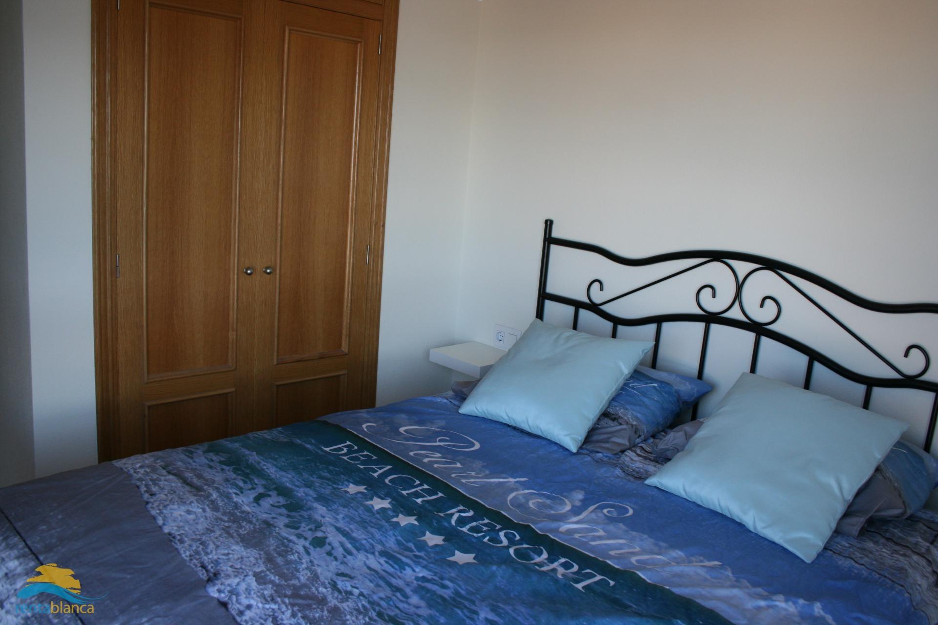 Appartement met zeezicht Puerto Marino - Rentablanca